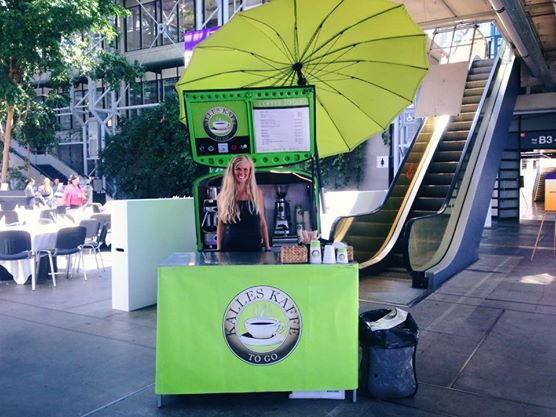 Kaffeknallert og serveringsbord i Bella Centeret - Kalles Kaffe