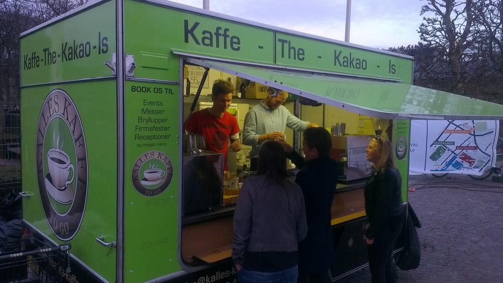 Mobile coffee bar serving barista coffee at Copenhagen Ironman - Kalles Kaffe