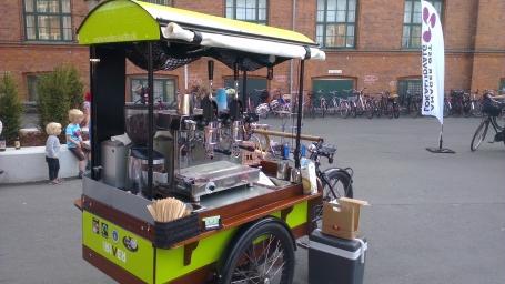 Barista cykel med en LEVA espressomaskine - Kalles Kaffe