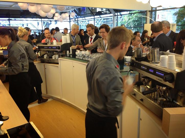 Stor kaffebar på messe - Kalles Kaffe